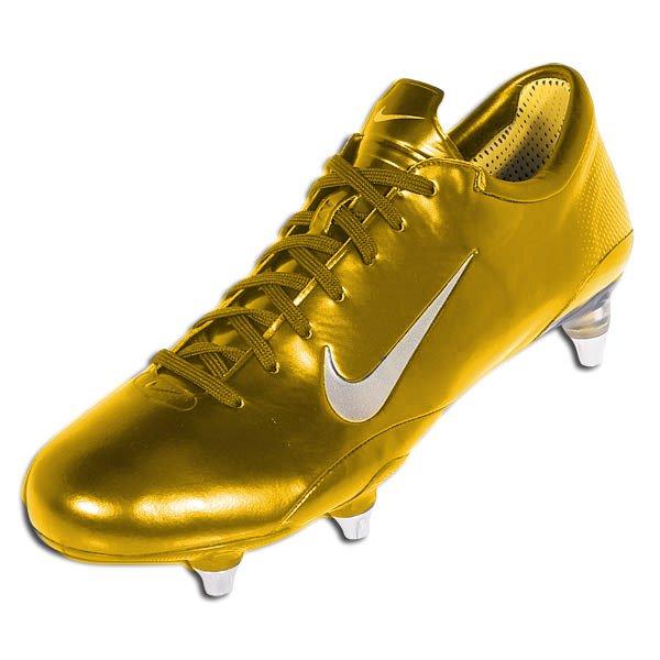 Gambar sepatu bola termahal 2012 Terlengkap - Kumpulan
