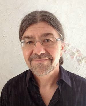 Helga König im Gespräch mit Dr. Peter Teuschel