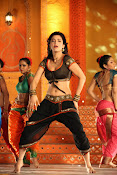 Shruti Haasan Hot photos from Balupu Song-thumbnail-13