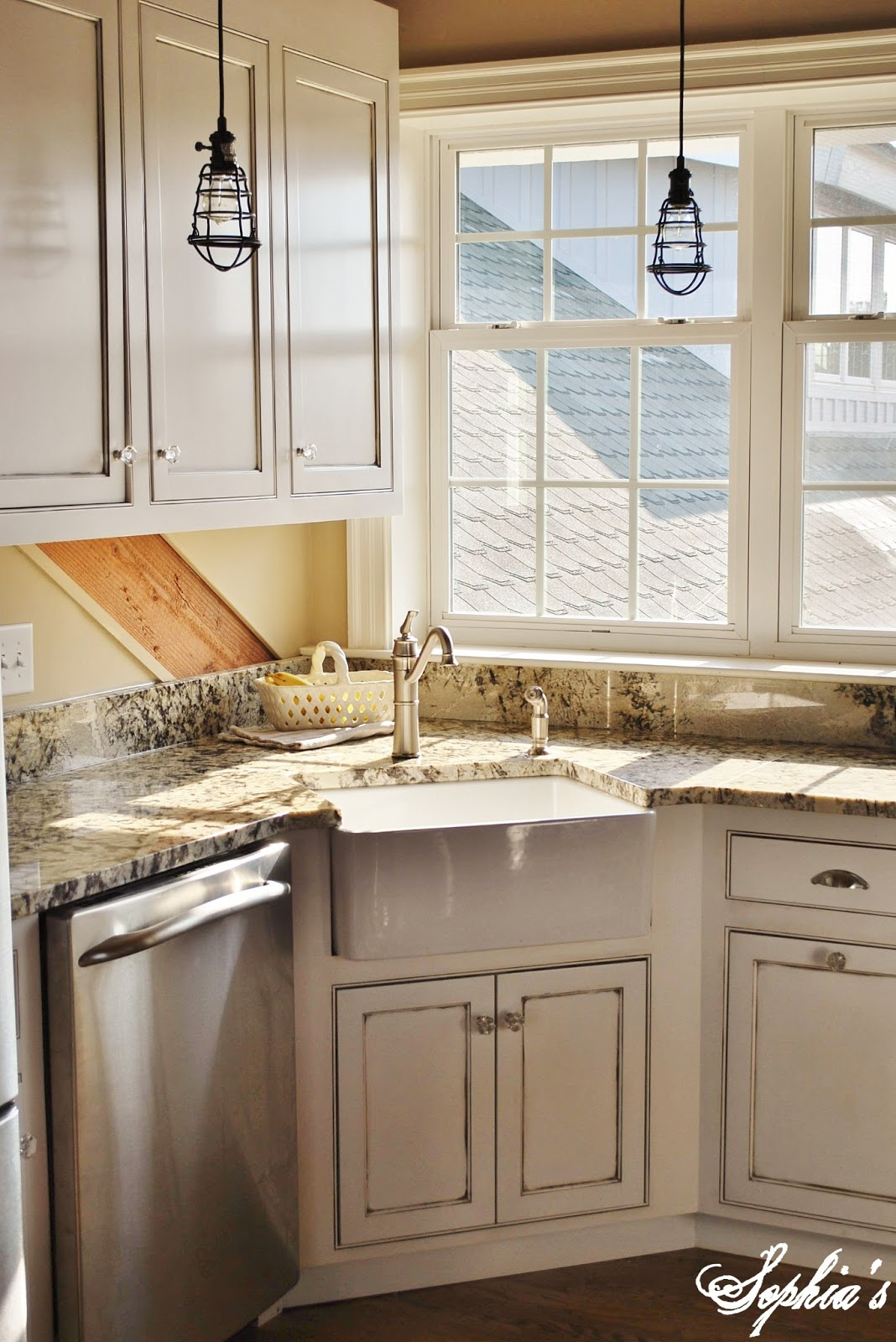 Barn Sinks For Kitchen : My favorite area of the apartment is the kitchen with apron sink ...