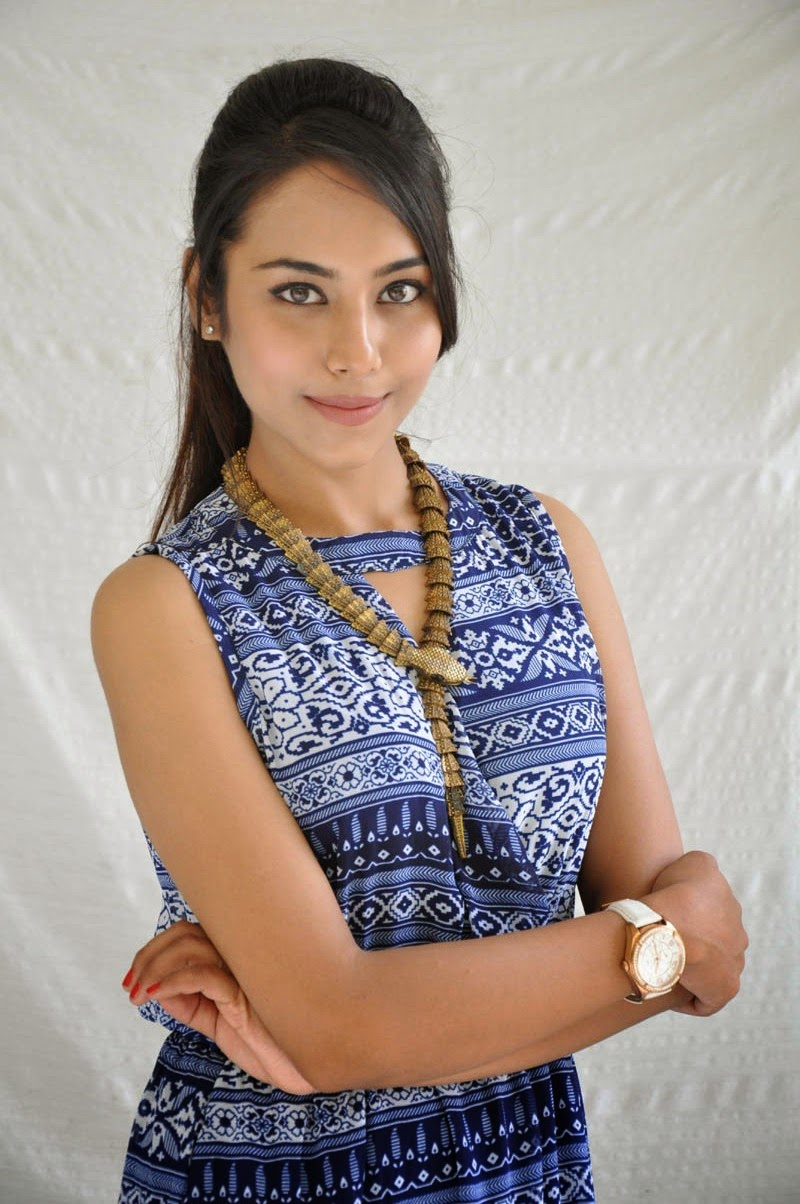 Khenisha Chandran at Jaganatakam press meet-HQ-Photo-13