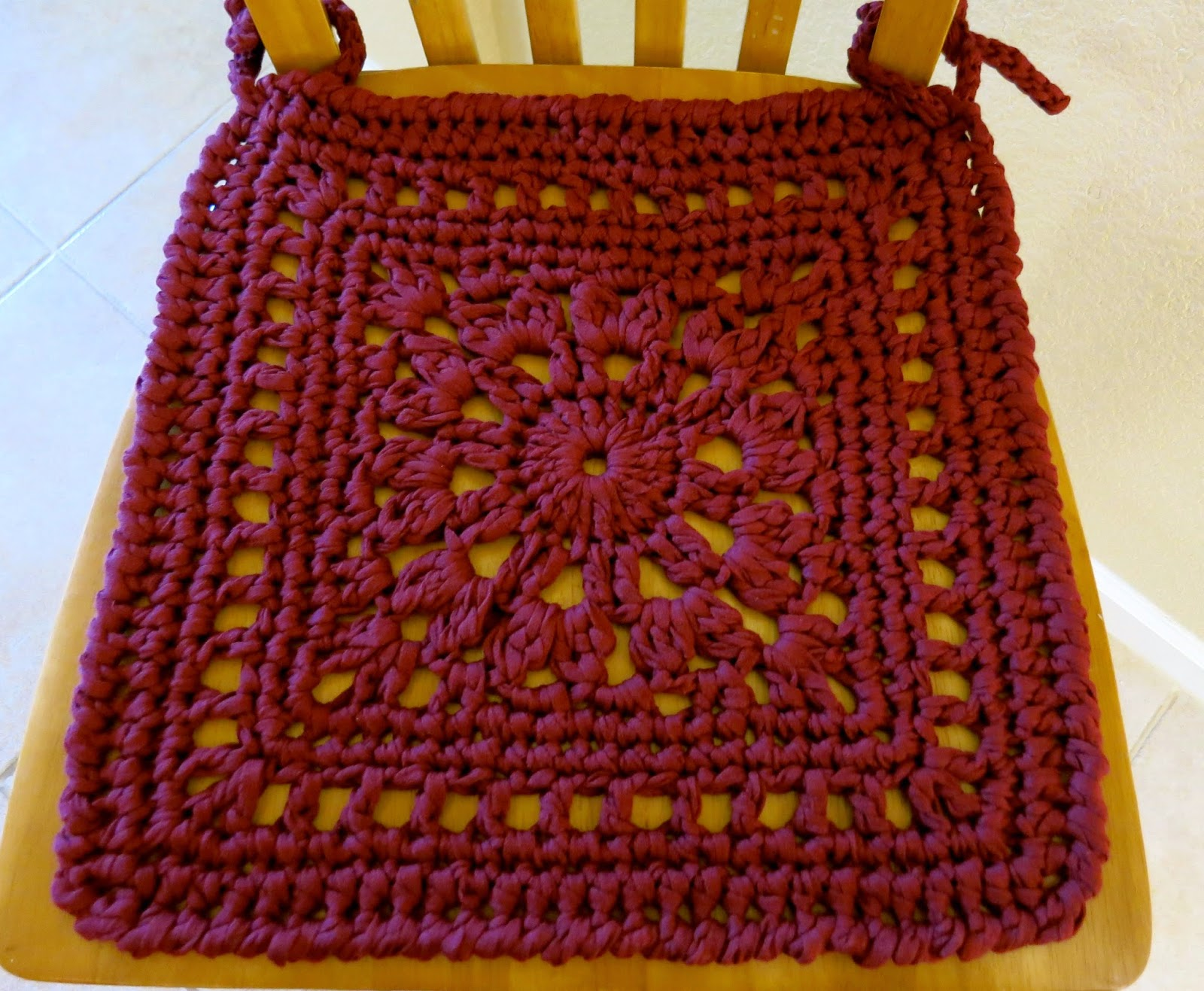 Da\'s Crochet Connection: Is It A Chair Rug Or A Chair Pad?