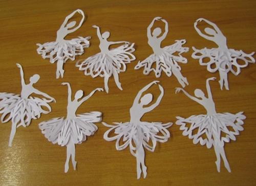 Снежинки-балерины из бумаги своими руками