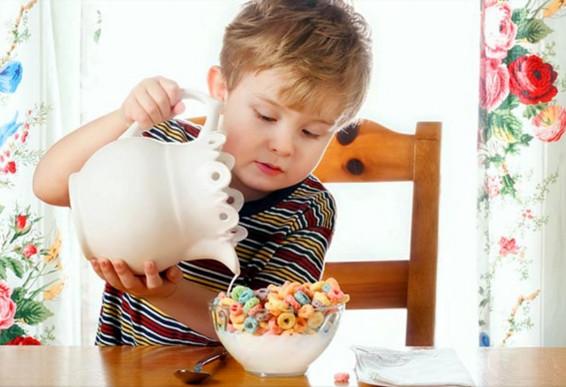 Faktor yang berpengaruh terhadap kemandirian anak