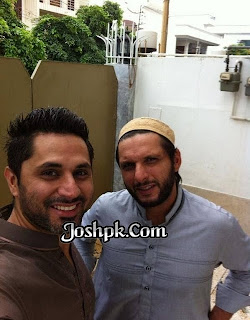 Shahid Khan Afridi With His New Honda Heavy Bike