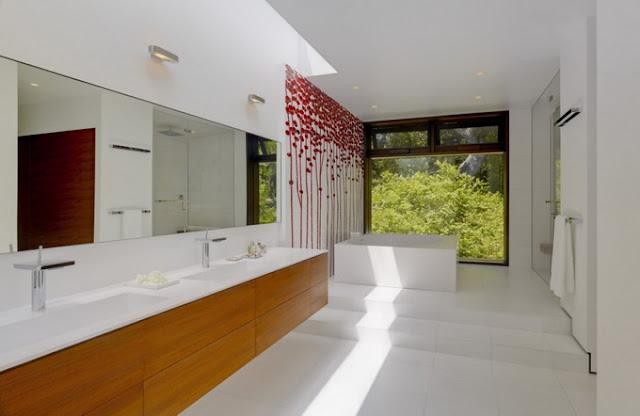 Ванная комната в стильном доме