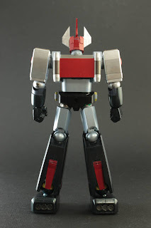 Evolution Toy - Dynamite Action Danguard Ace Figure