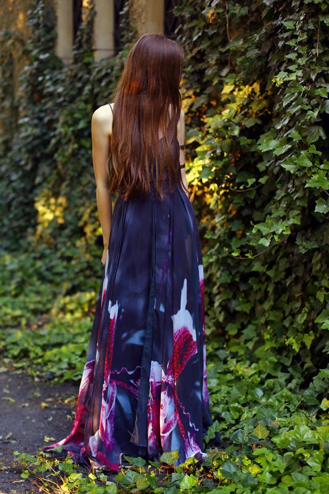 suknia w storczyki z nadrukiem