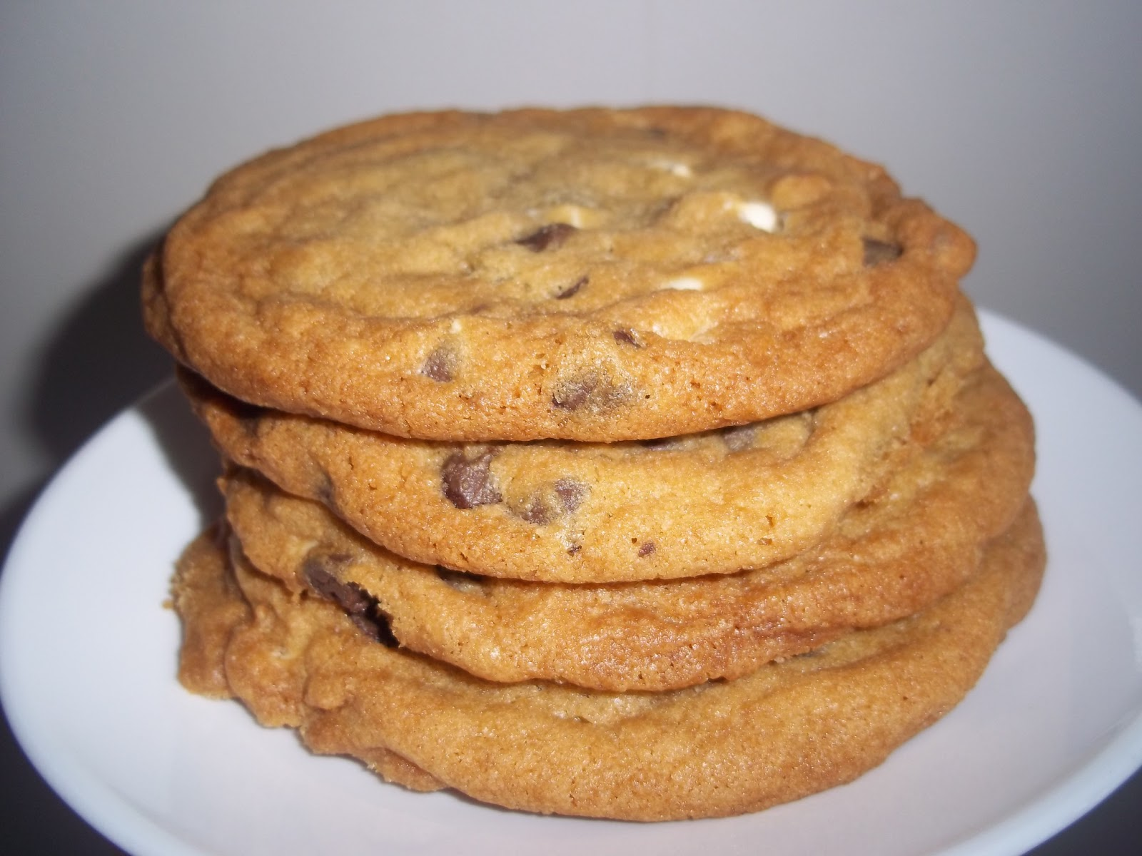 The Daily Smash: Soft and Chewy Chocolate Chip Cookies