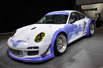 Porsche-911-GT3-R-Hybrid-Facebook-Front-Airbrush