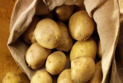 Απίστευτη ιστορία από τη Θεσσαλονίκη: Ο μανάβης, οι πατάτες και η πιστωτική κάρτα!