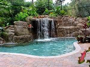 Kolam renang yang dibangun untuk hunian minimalis memang pada dasarnya memiliki fungsi yang sama dengan kolam renang yang terdapat di dalam rumah lainnya.