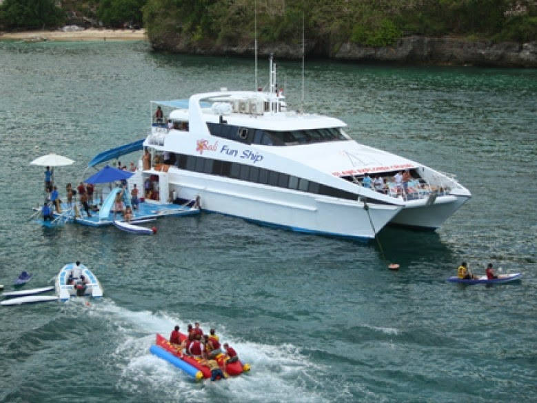Paket wisata Bali Tour Spesial Beach Club Cruise - Kapal Pesiar