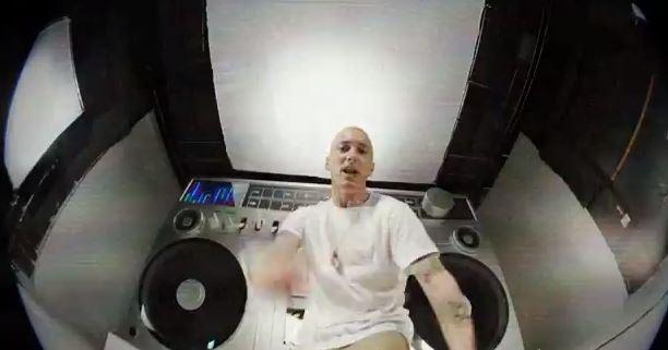 Eminem Berzerk