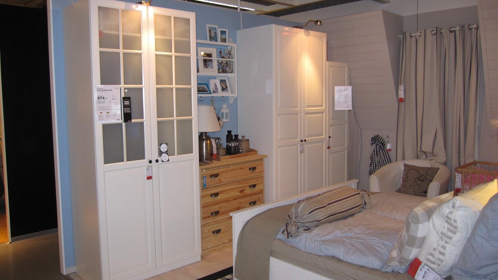 kleines gelbes haus schlafzimmerrenovierung. Black Bedroom Furniture Sets. Home Design Ideas
