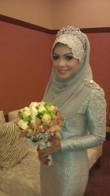 Sharifah Khasif Kahwin Dengan Dato' Seri (5 Gambar)