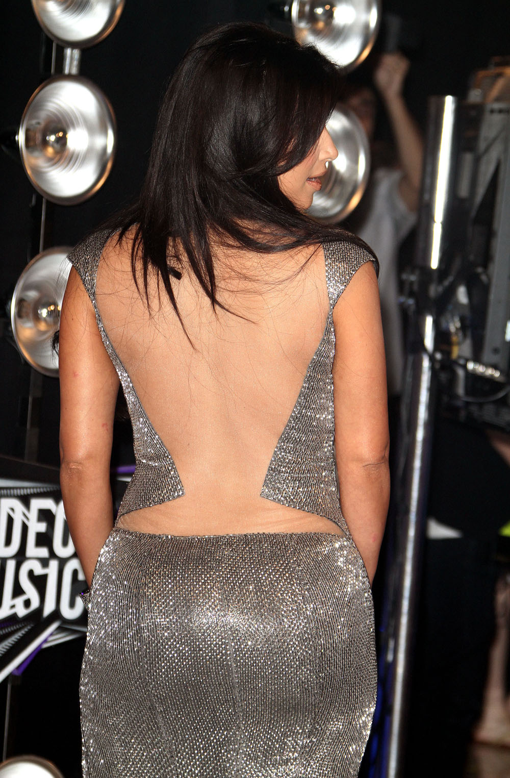 kim kardashian hot in a bare back dress