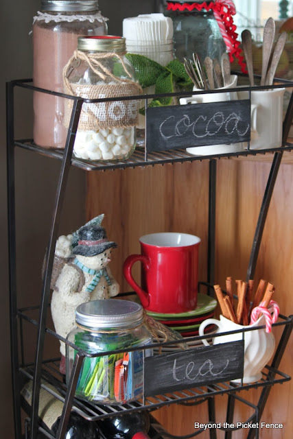 12 days of christmas Hot Cocoa Station http://bec4-beyondthepicketfence.blogspot.com/