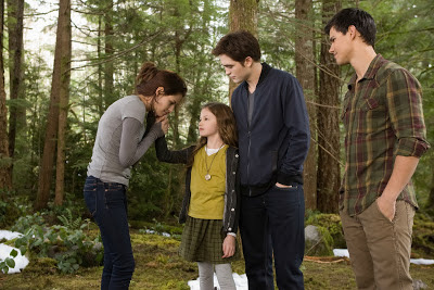 Bella, Edward, Jacob y Reneesme. Escena de Amanecer. Parte 2. LA TAQUILLA. Making Of