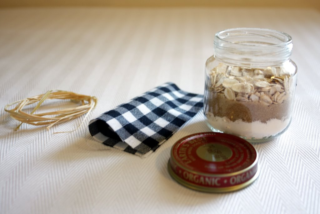 Ido it myself apple crisp in a jar favors and place cards apple crisp in a jar favors and place cards solutioingenieria Gallery