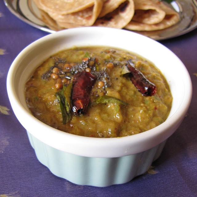 Ridge Gourd Chutney / Beerakaya Pachadi