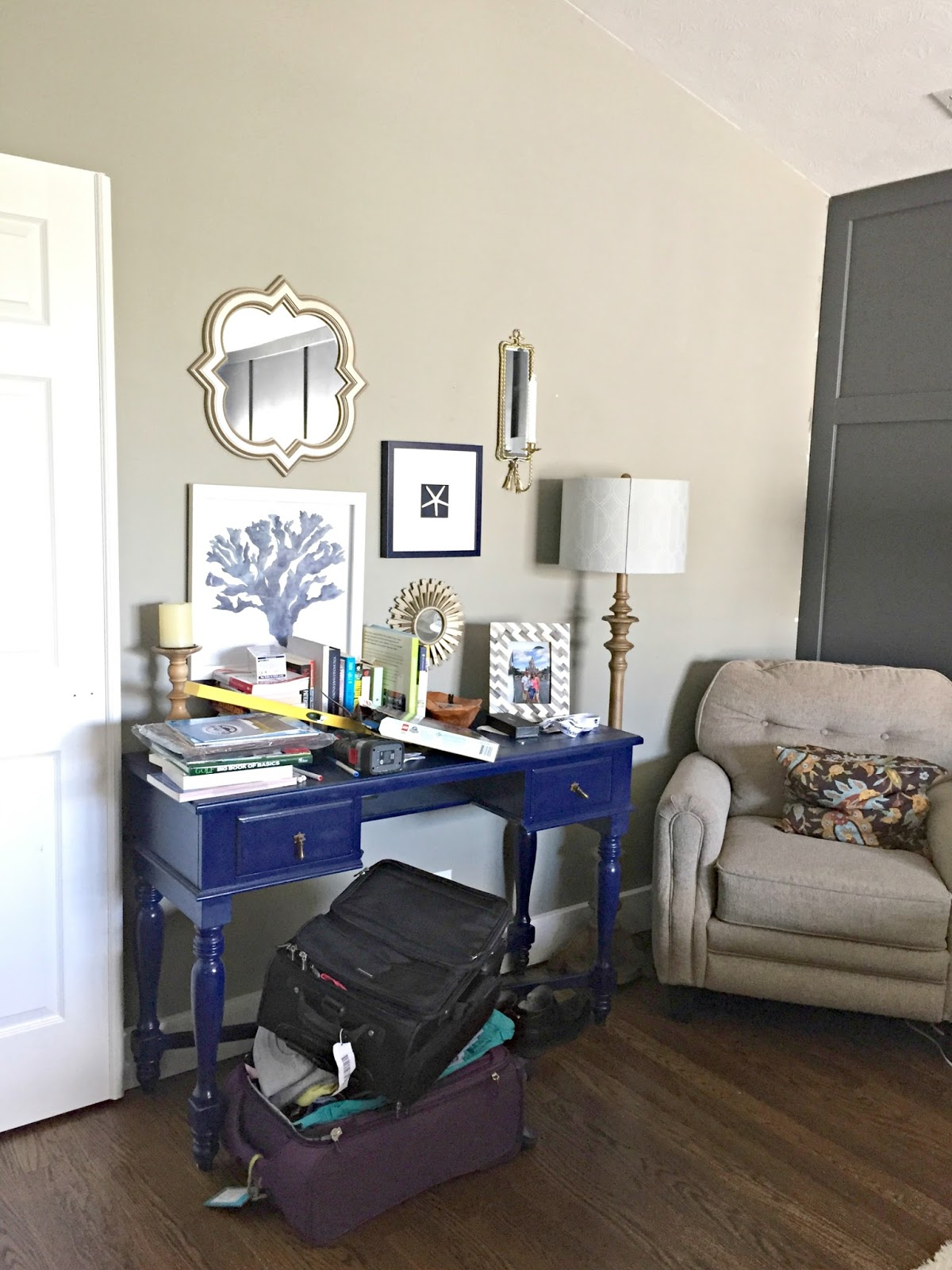 One Wall At A Time Master Bedroom From Thrifty Decor Chick