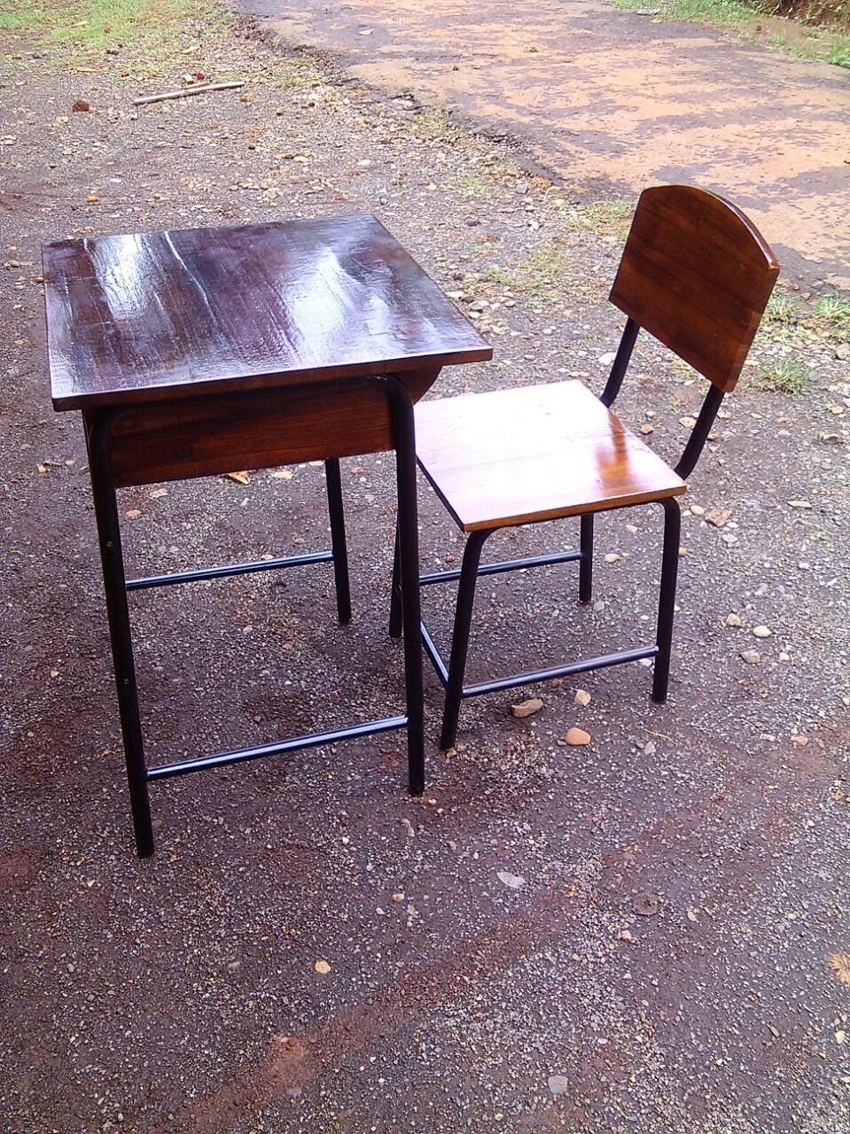 meja sekolah rangka besi