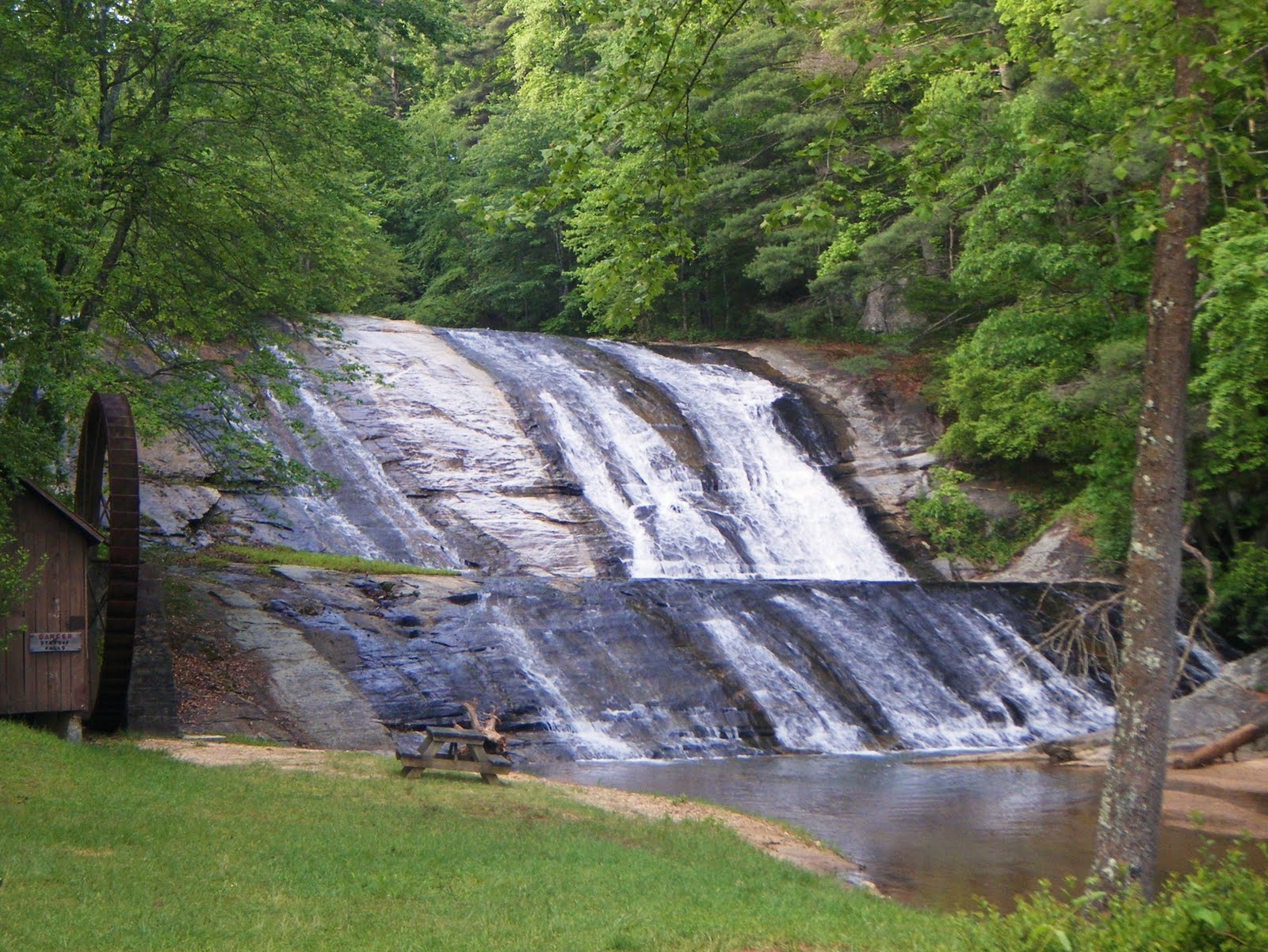 moravian falls Moravian falls is a waterfall in wilkes county, north carolina geology the waterfall is located on moravian creek, where it flows over a large bedrock to.
