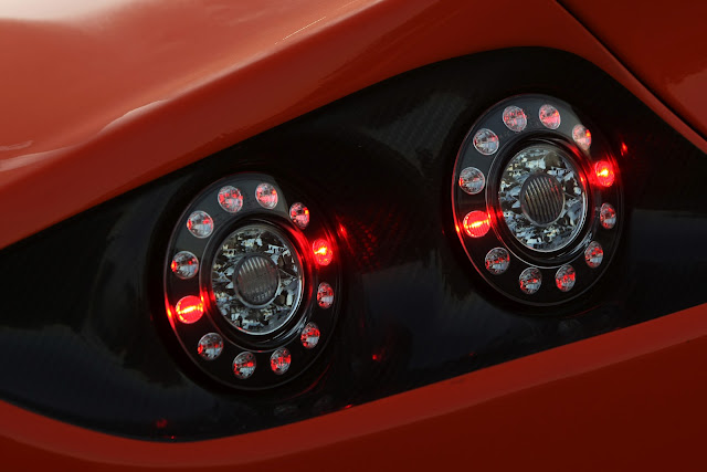 hydro-carbons.blogspot.com-Ginetta-G60-Custom-Sports-Car--tail-lights