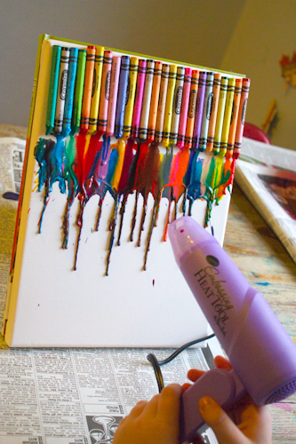 Craft knife tutorial melted crayon canvas art for How to melt crayons on canvas
