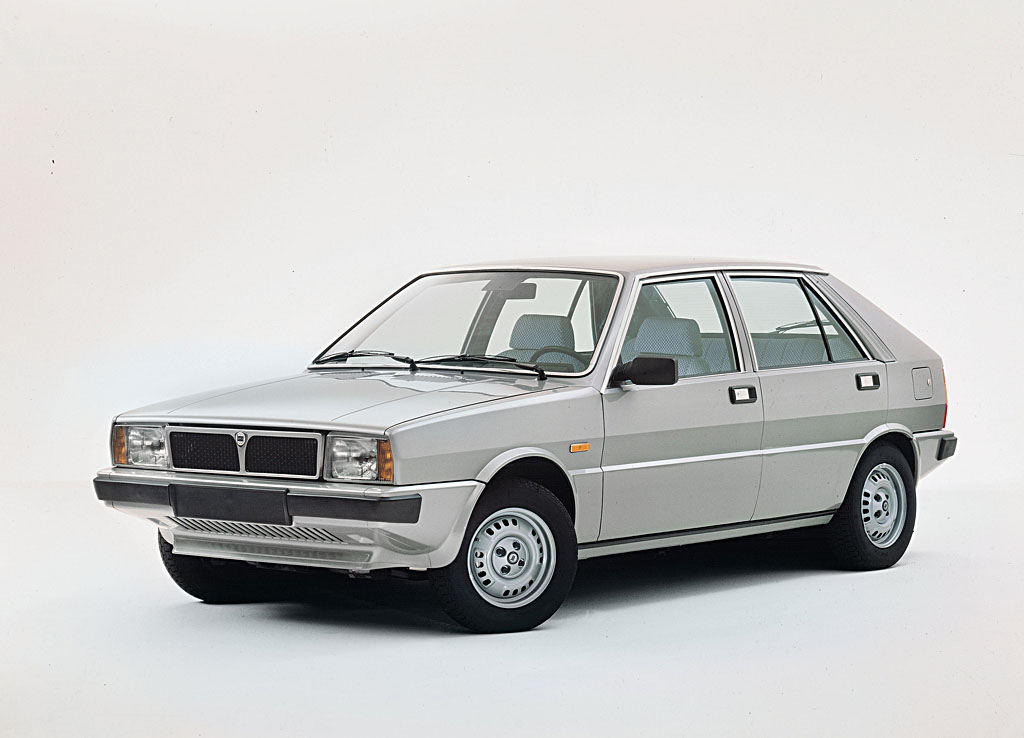 1984 lancia delta 1600 hf turbo related infomation specifications weili automotive network. Black Bedroom Furniture Sets. Home Design Ideas