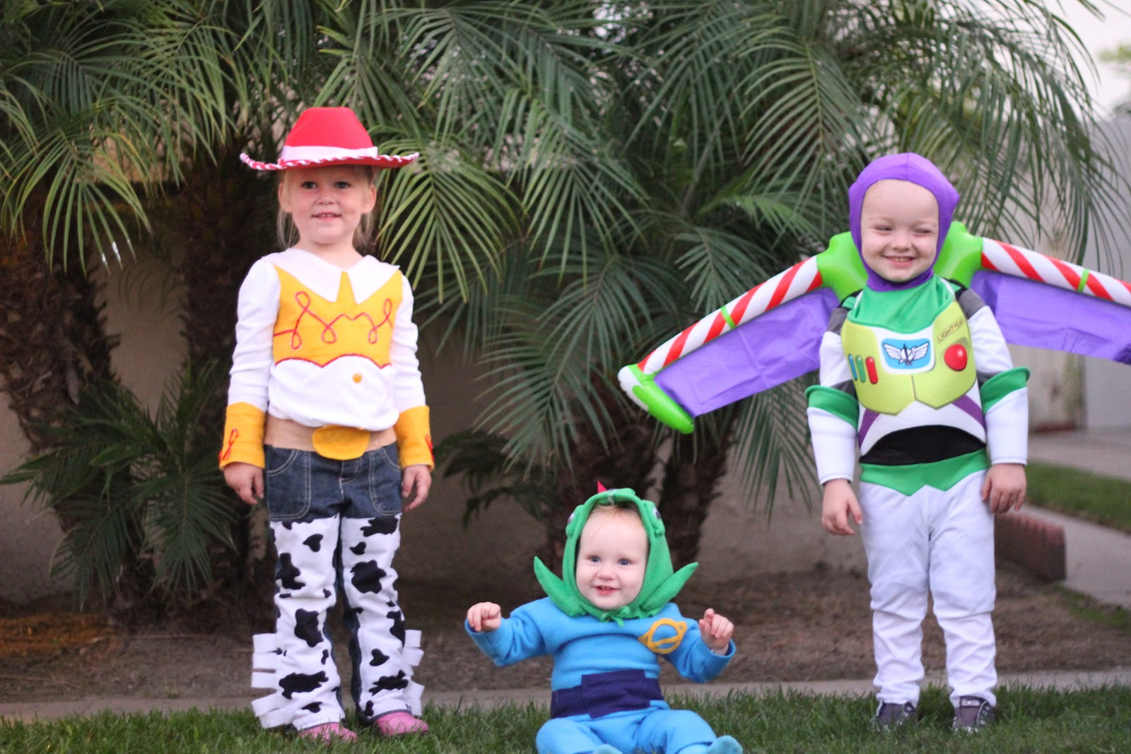 And...they were the cutest Jessie Buzz u0026 Little Green Alien around.  sc 1 st  My Way Momma & My Way Momma: Toy Story Costumes u0026 More