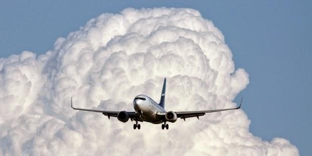 Foto Dalam Pesawat Air Asia Pesawat Airbus Air Asia a 320