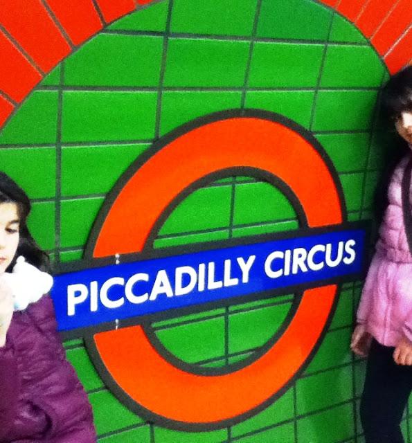 Guías de viaje para niños Turismo Familiar Viajar con niños Familias