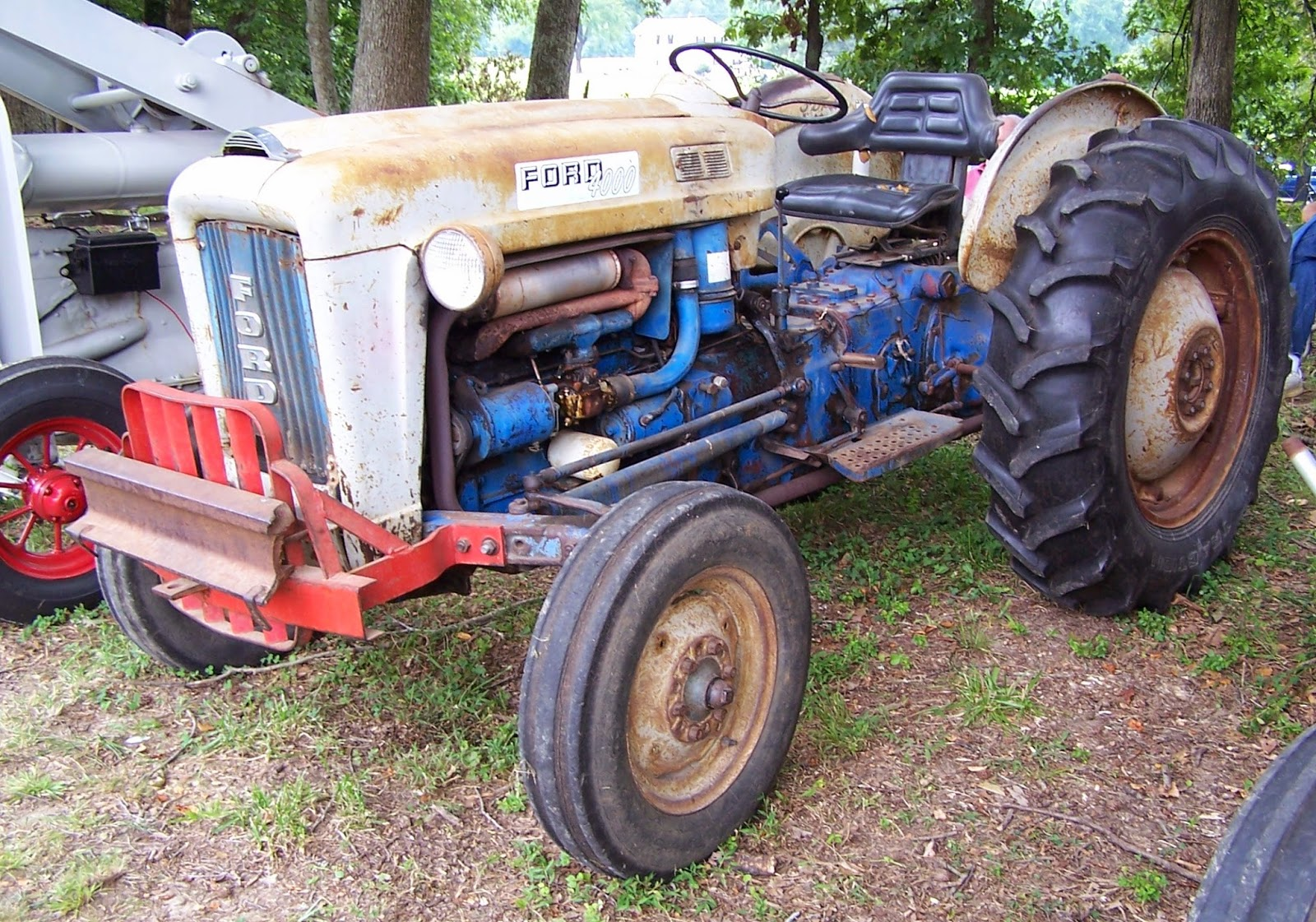 Ford 4000 Tractor Controls : Tractor stories september