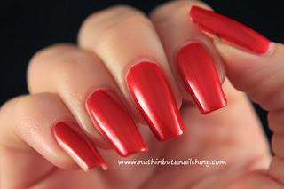 Misa - Crimson Damask