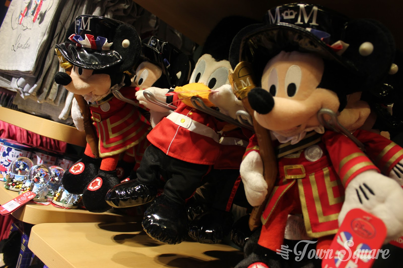 Mickey and Donald london plush toy