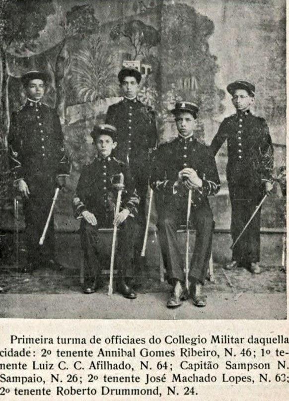PRIMEIRA TURMA OFICIAIS COLÉGIO MILITAR BARBACENA