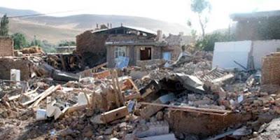 DEVASTACION TOTAL TRAS TERREMOTO DE 6,3 GRADOS EN IRAN - MAS DE 30 MUERTOS, 09 de abril de 2013