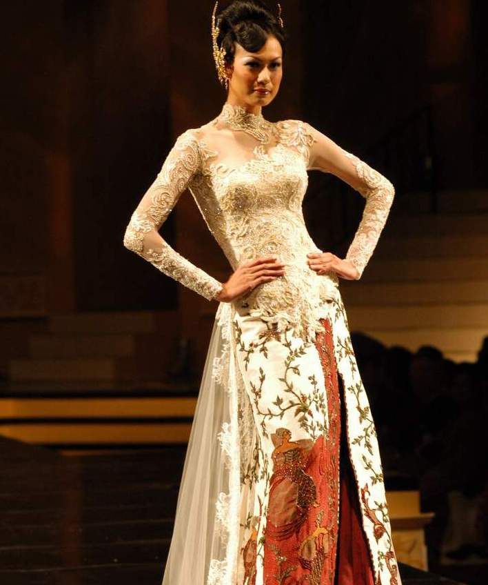 Kebaya Wedding Dresses Contemporary Looks