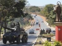 Tanques do exército no Entorno de Brasília