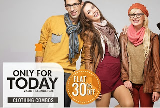 Enjoy Flat 30% additional off on Men's / Women's Clothing Combos at HomeShop18