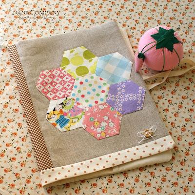 capa-caderno em tecido