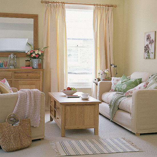Home interior design collection of country living room styles - Living room with cream walls ...