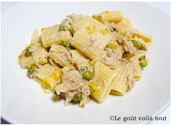 Mezze maniche et crème citronnée au thon et petits pois