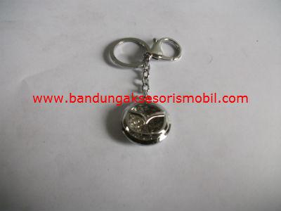 Gantungan Kunci Berlian + Logo Mazda
