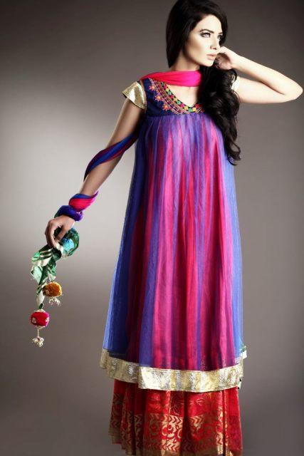 Fashionable pakistani dresses for girls