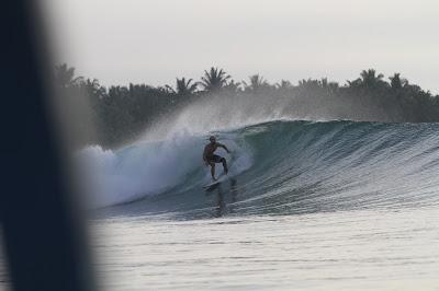 Surfe em Mentawai