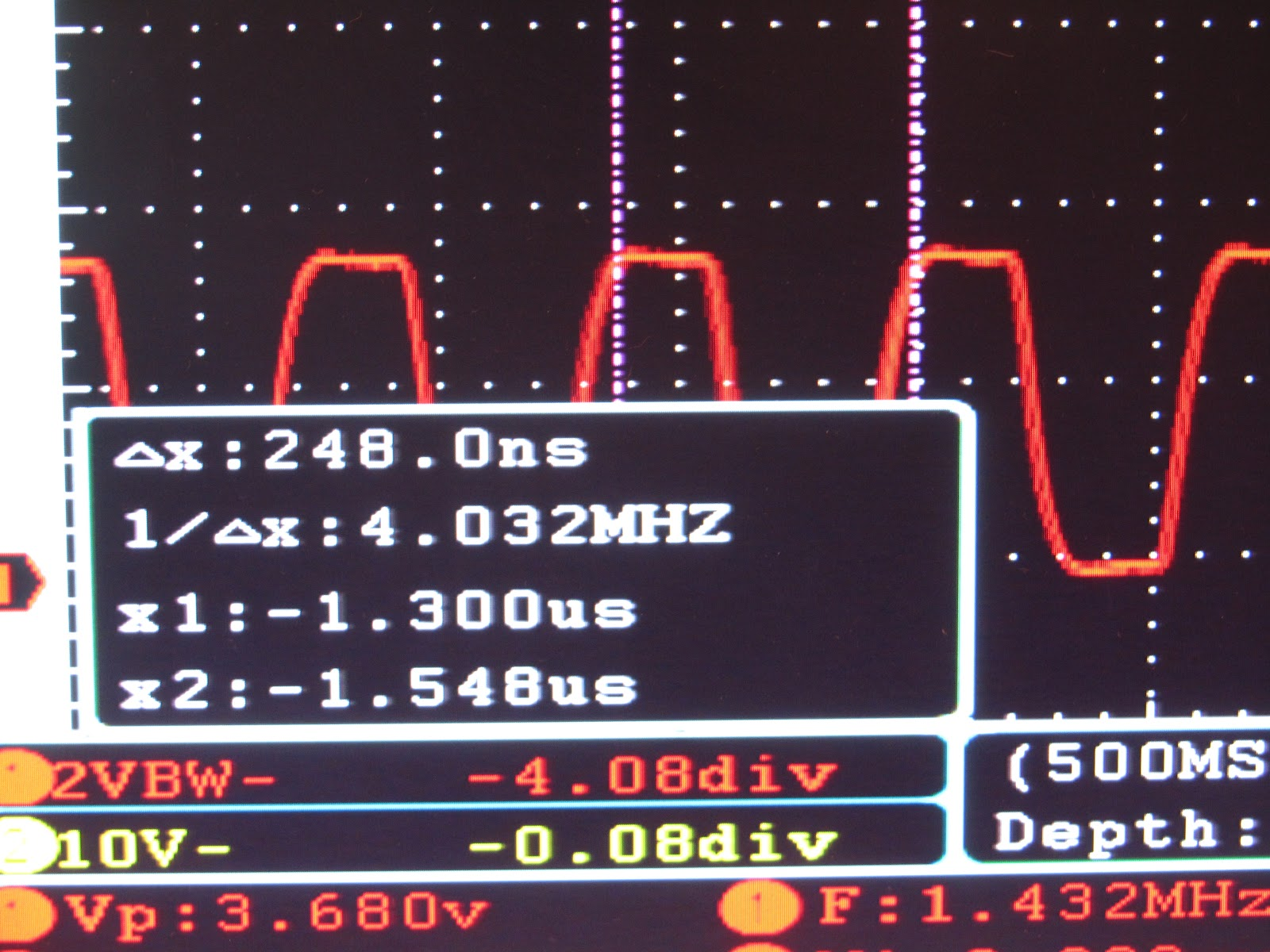 Forty Two And Now July 2012 How To Build A Digital Potentiometer Circuit Using Mcp4131 Manually Placing The Measurement Cursors At End Of Rising Edge Clock I Found 4032mhz Which Is Pretty Close 4mhz We Expected Need