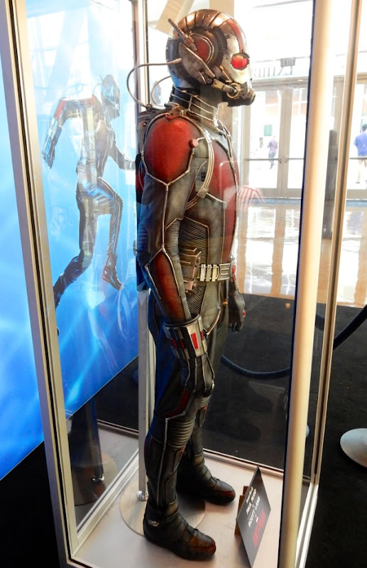 Paul Rudd AntMan costume